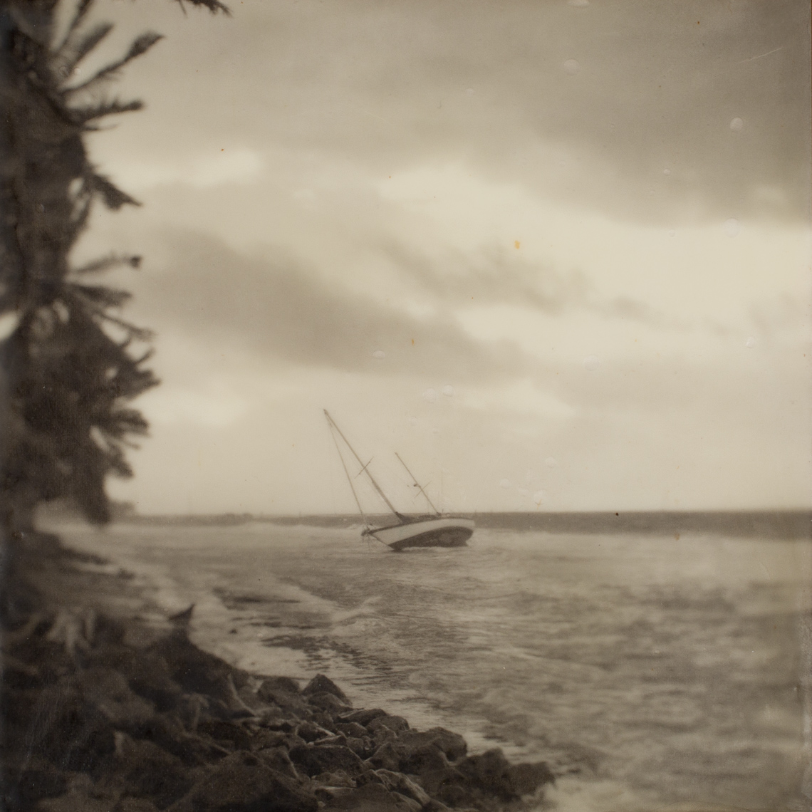 Maui, Grounded Sailboat